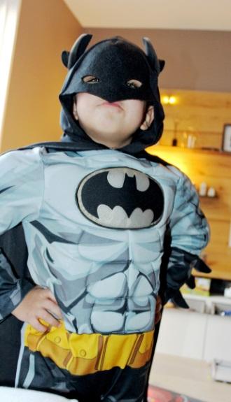 Mamasita special Mika batman